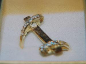 Anello in bronzo con zirconi €. 75,00