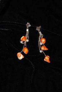 grappolo perle e arancioni